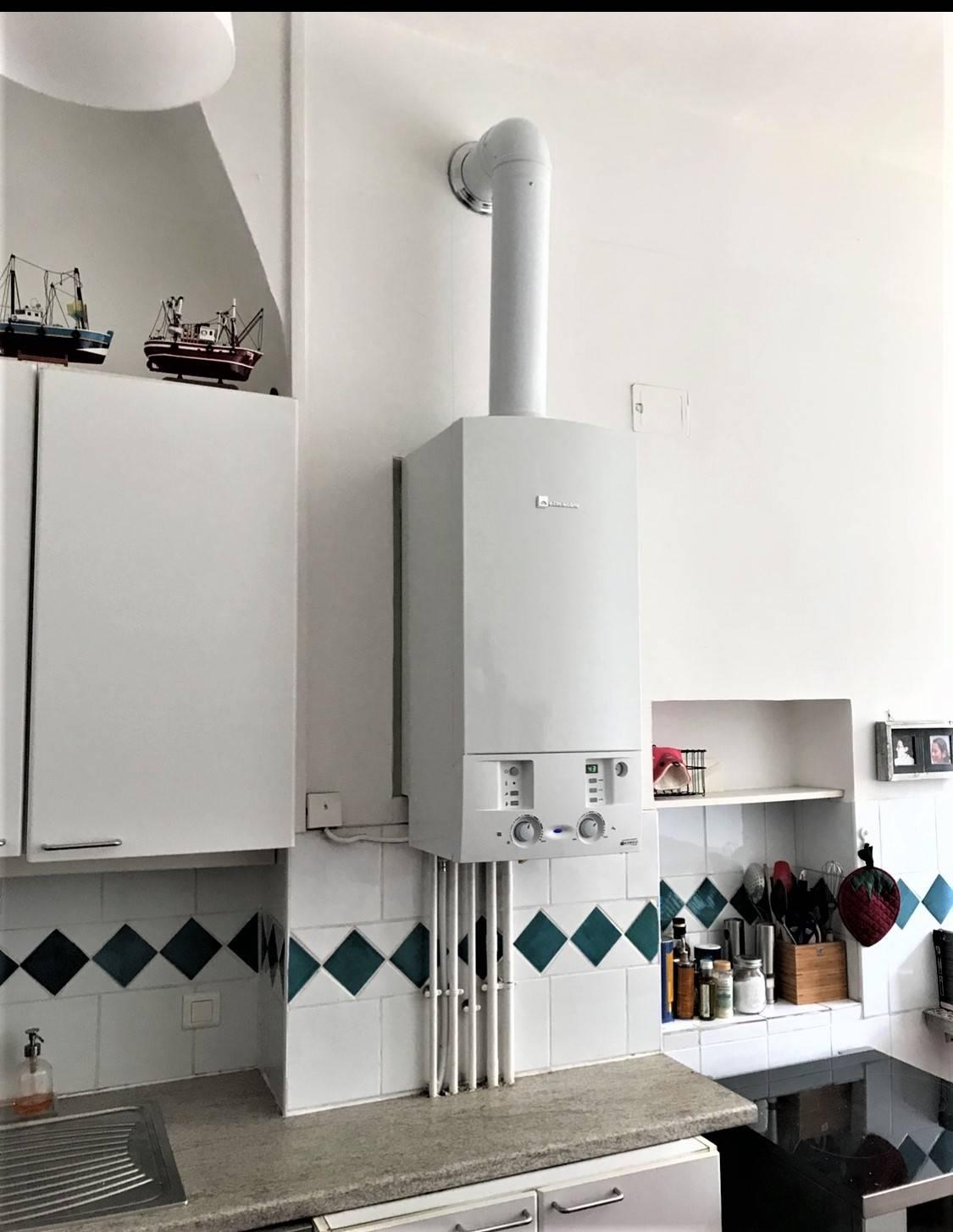 Installation Chaudière À Condensation installation d'une chaudiere a gaz elm leblanc megalis a